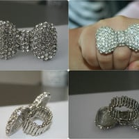 Silver Strech Bow Ring with Rhinestones