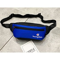Champion sells casual men's and women's Fanny packs that straddle their chests Blue