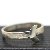 Engravable Moon Ring, Handforged Silver Moon Ring, Custom Engraving, Personalized Jewelry, Waning Moon, Waxing Moon