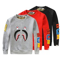 Bape 2018 autumn and winter new camouflage shark loose round neck sweater F-A-KSFZ