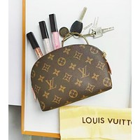 Inseva Louis Vuitton LV New Fashion Tide Brand Women Leisure Cosmetic Bag Shell Shape Clutch Bag Storage Bag
