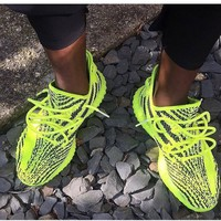 Adidas Women Men Yeezy 550 Boost 350 V2 Fashion Girl Boy Trewnding Personality Leisure Sport Running Shoe