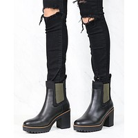 Good Day Grain Platform Ankle Boots in Black