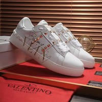 Valentino 2018 new rivet love doodle flat white shoes White+gold letter