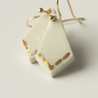 Ceramic with 24 karat gold - handmade white geometric earrings handpainted with gold - white and gold porcelan dangle earrings