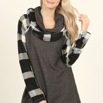 Double Layered Turtle Neck Plaid Contrast Top