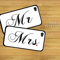 Mr and Mrs Set of 2 Love Couple Marriage Snap-On Covers Black Hard Carrying Cases for iPhone 4/4S