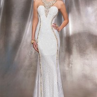 MNM Couture 9425 | Evening Gowns | Prom Dresses | Homecoming Dresses | Pageant Gowns | GownGarden.com