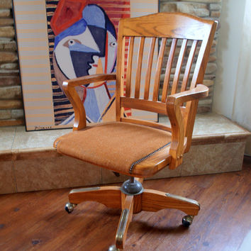 VINTAGE DESK CHAIR > Mid Century > Solid Oak Wood > Swivel > Spin > Executive > Industrial > Traditional > Jasper Chair Company > Adjustable