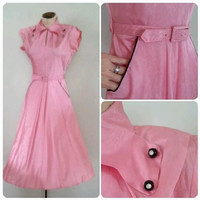 The PERFECTLY PINK Dress Vintage 1940's Daydress Belted Pockets Keyhole Rhinestone Button Collar ALine Retro Pin Up Girl Size 2/4 XS