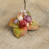 Autumn flower brooch, Fall wedding brooch, Woodland brooch, Autumn leaf brooch, Mini rose jewelry, Rhinestone brooch, Purple red flowers
