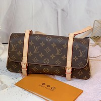 LV Louis Vuitton trendy ladies printed letters flap diagonal bag shoulder bag