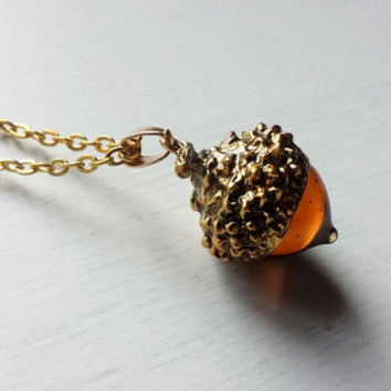 Glass acorn pendant, gold acorn necklace, acorn jewelry, rustic jewelry, forest jewelry, fall fashion, autumn jewelry, rustic bridesmaid