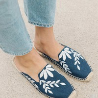 Embroidered Floral Mule