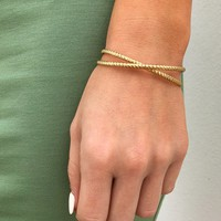 The Perfect Link Bracelet: Gold