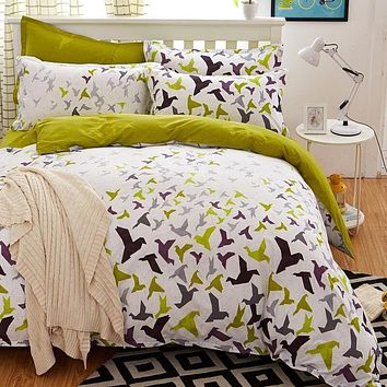 Beautifully Printed lDuvet Cover Set complete with Pillowcases and Sheet set.