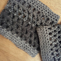 Crochet charcoal gray boot toppers. boot cuffs. ladies size small. Made by Bead Gs on ETSY.  Gray with glittery sections.