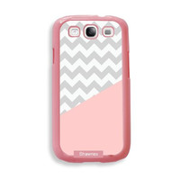 Shawnex Coral Grey Chevron ThinShell Protective Pink Plastic - Galaxy S3 Case - Galaxy S III Case i9300