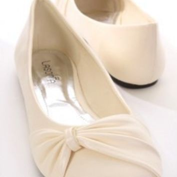 Beige Faux Leather Cinch Pleated Closed Toe Flats @ Amiclubwear Flats Shoes online store:Women's Casual Flats,Sexy Flats,Black Flats,White Flats,Women's Casual Shoes,Summer Shoes,Discount Flats,Cheap Flats,Spring Shoes,Cute Flats Shoes,Women's Flats Shoes