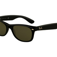 Look who's looking at this new Ray-Ban New Wayfarer Matte
