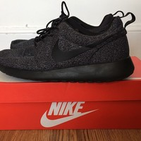 Mens Nike Roshe Run Size UK 9, Black/Grey, Used but great condition. RRP £69.99