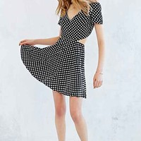 Oh My Love Back Cut-Out Dress- Black & White
