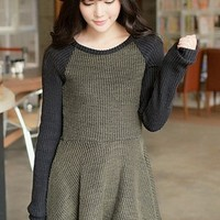 Contrast A-line Knitted Dress