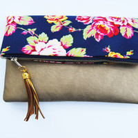 NAVY FOLDOVER CLUTCH, gold leather clutch, everyday casual clutch, leather handbag, romantic clutch, bridesmaid gifts, navy and gold wedding