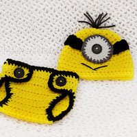 Despicable me inspired Minion hat and diaper cover