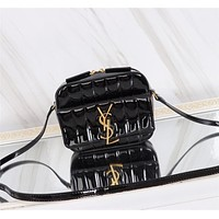 YSL SAINT LAURENT WOMEN'S LEATHER BABY VICKY INCLINED SHOULDER BAG