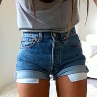 NOTING HILL high waisted Authentic levis vintage folded jeans shorts