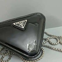 Prada solid color patent leather triangle small wallet key case Bag