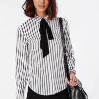 Missguided - Striped Pussybow Blouse