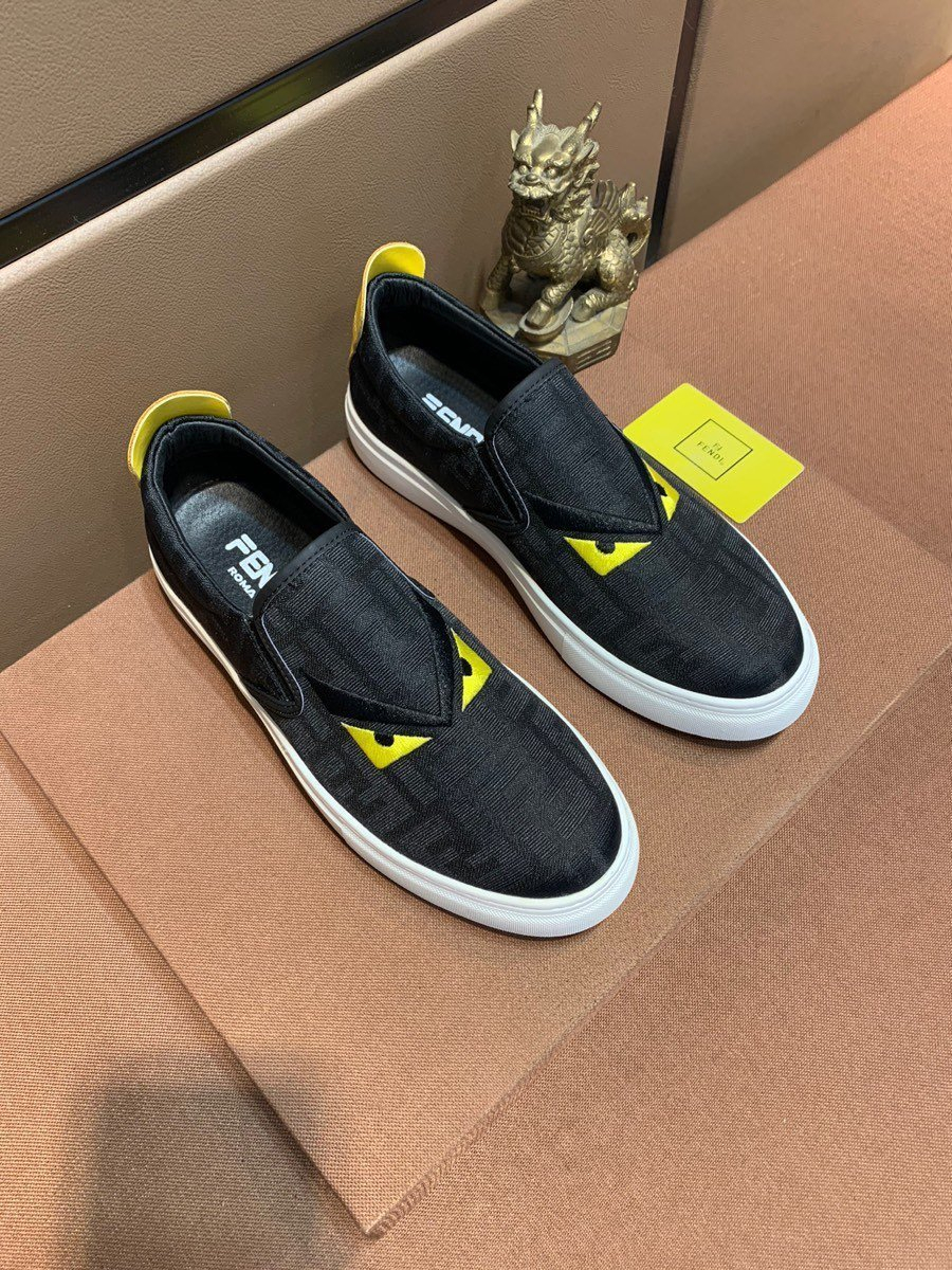 Image of FENDI  Men Fashion Boots fashionable Casual leather Breathable Sneakers Running Shoes