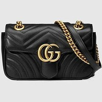Gucci women's stylish leather shoulder bag beautifully F Black