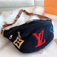 Hipgirls  LV Louis Vuitton New fashion monogram artificial plush shopping leisure waist shoulder bag crossbody bag Black