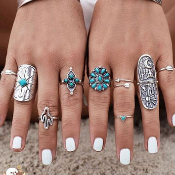Vintage 9PCS/Set Vintage Boho Tribal Ethnic Turquoise Ring Hippie Gothic Punk Ring Set + Gift Necklace