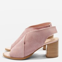 NOA Suede Sandals - New In Fashion - New In