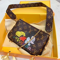 Louis Vuitton LV Hot Sale New Printed Cartoon Letter Lady Crossbody Bag Shoulder Bag