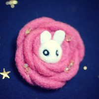 Handmade felt bunny in rose brooch, needle felted wool rabbit in flower pin, whimsical animal brooch, kids jewelry, gift under 20
