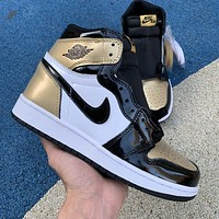 Air Jordan 1 Retro Black Gold Toe