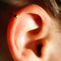 Cartilage Ear Cuff (gold) with ball - No Piercing Required