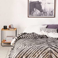 Serrano Shibori Waffle Bed Blanket - Urban Outfitters