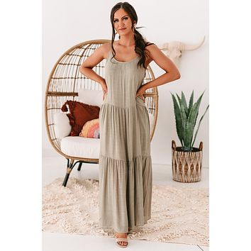 Tamsyn Tiered Maxi Dress (Olive)
