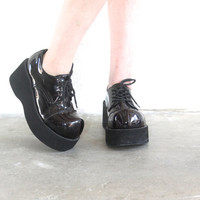 Vintage 90s PLATFORM Patent Black Lace Up Chunky Oxford Wedge // Hot Topic // Hipster Grunge Goth Club Kid // Women's US
