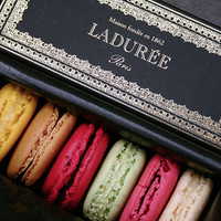 Macaron Heaven: Paris Brings Laduree to NYC - LOLO Magazine