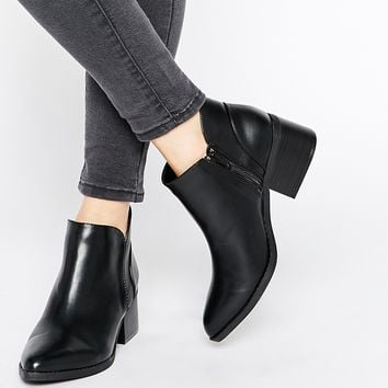 Call It Spring Adraun Black Pointed Block Heel Ankle Boots