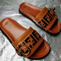 Fendi new street fashion men and women models non-slip word casual sandals and slippers brown