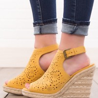 Not Rated Jobyna Wedges