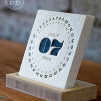 TYPE: 2014 Letterpress Desk Calendar + Free Shipping - iSkelter Products